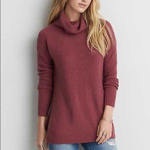 Very soft turtleneck sweater from AEO